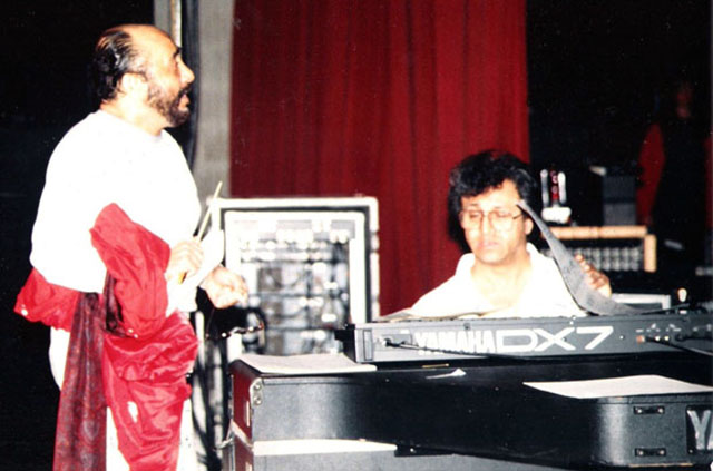 Edy Martínez rehearsing with Eddie Palmieri. New York, 1989.