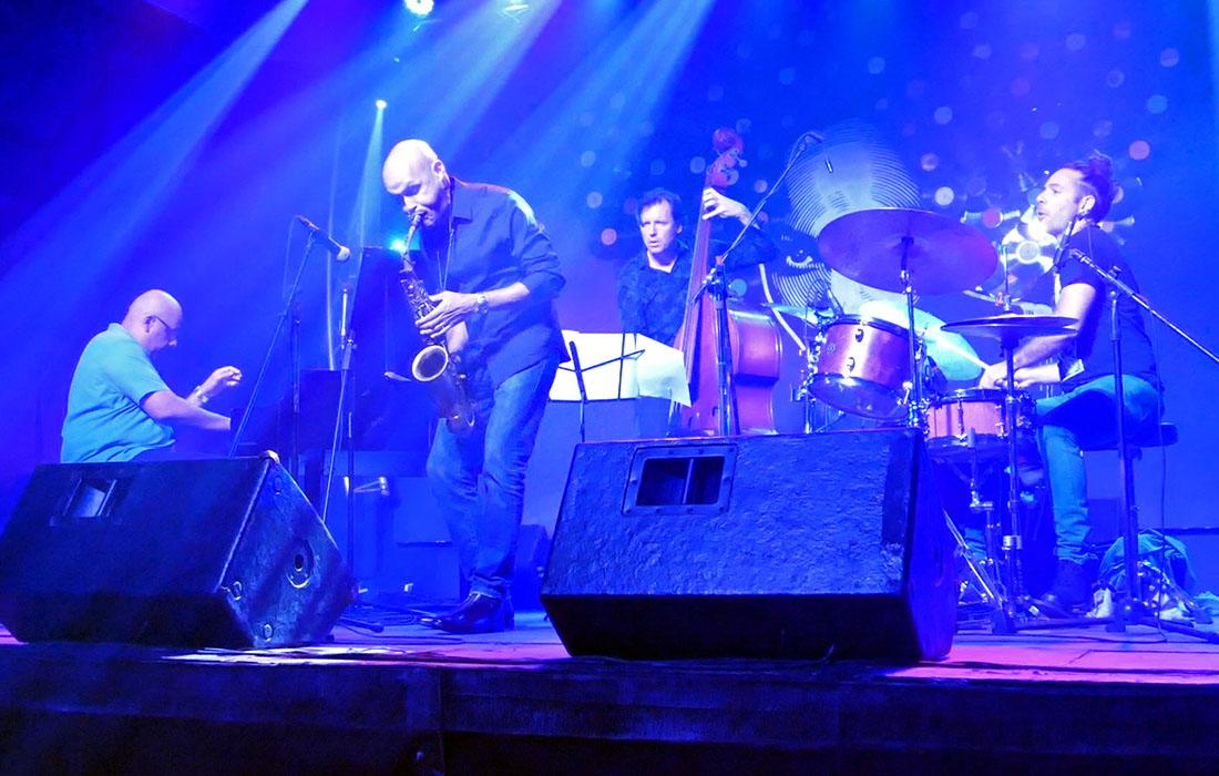 Miguel Zenón Quartet at Fábrica de Arte Cubano. Photo credit: Danilo Navas