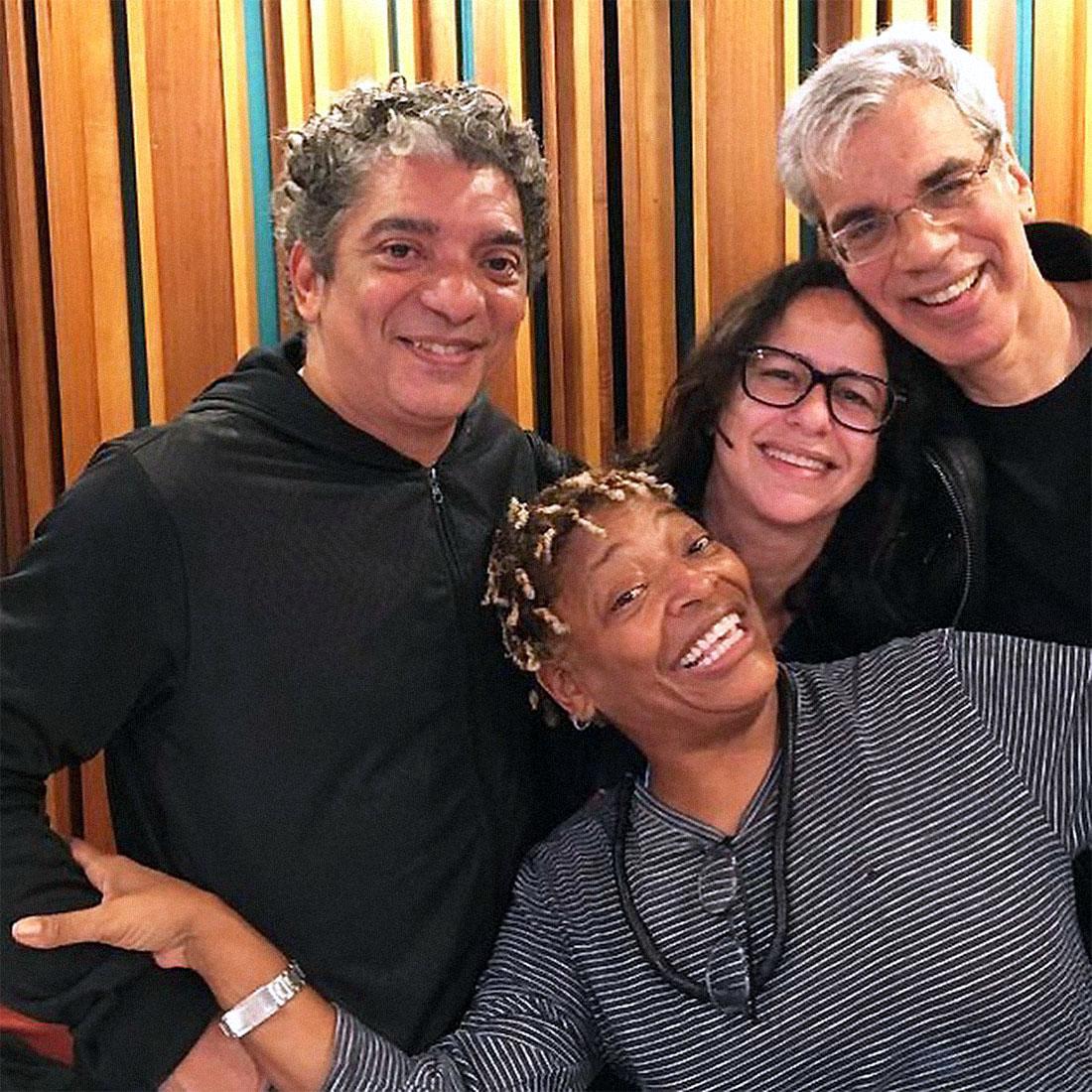 Mart'nália with Arthur Maia, Maria de Moraes and Celso Fonseca