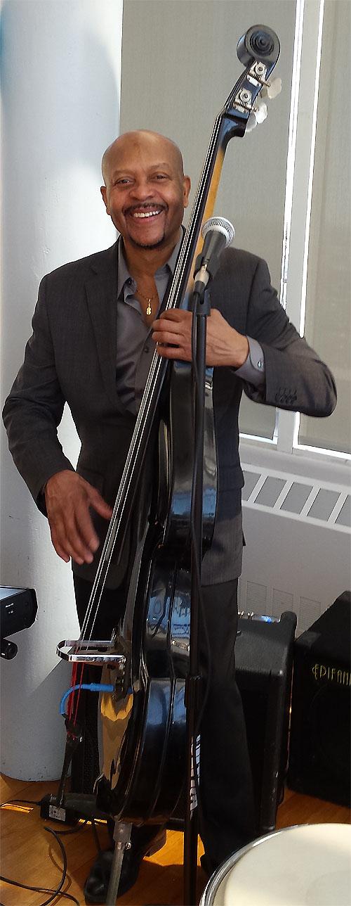 Ray Martínez